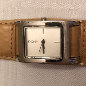 DKNY Watch - Working Condition